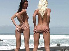 Красивые девушки пришли на море потрахаться