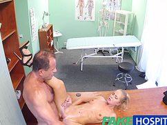 Доктор убедил пациентку что лучшее лекарство это секс