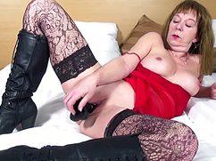 смотреть порно зрелые женщины нд