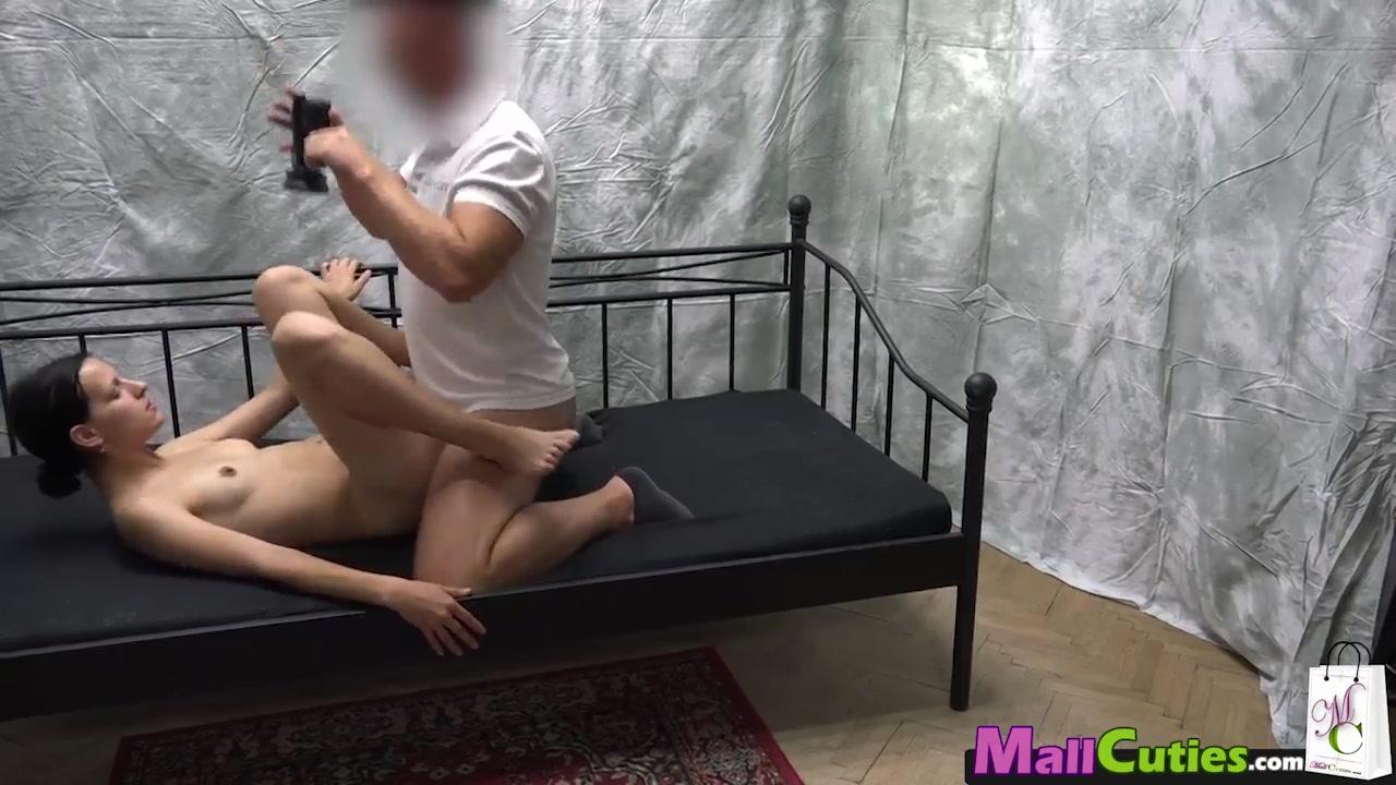 Уговорил туристку на секс