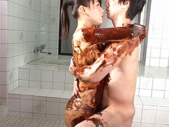 Узкоглазой принцессе пришлась по вкусу странная японская ебля