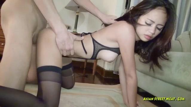 Порно с тайкой в чулках