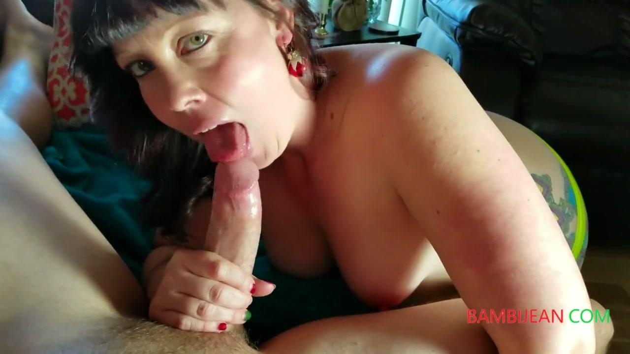 Перед Приёмом Ванны Блондинка Себя Приласкала - Смотреть Порно Онлайн