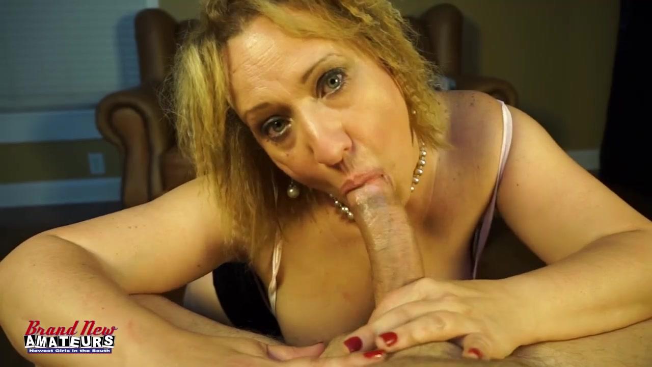 Гибкие девушки с интимом и спермой во рту #11