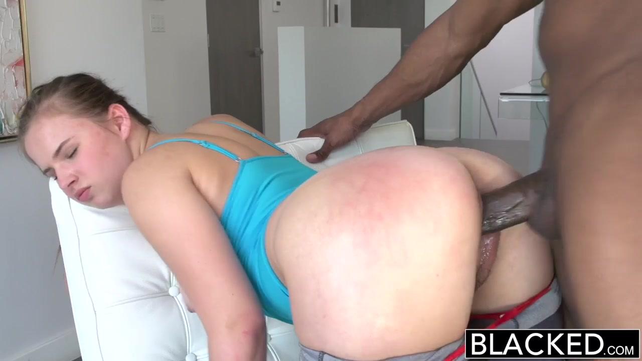 Восхитительный утренний секс с очаровательной крошкой