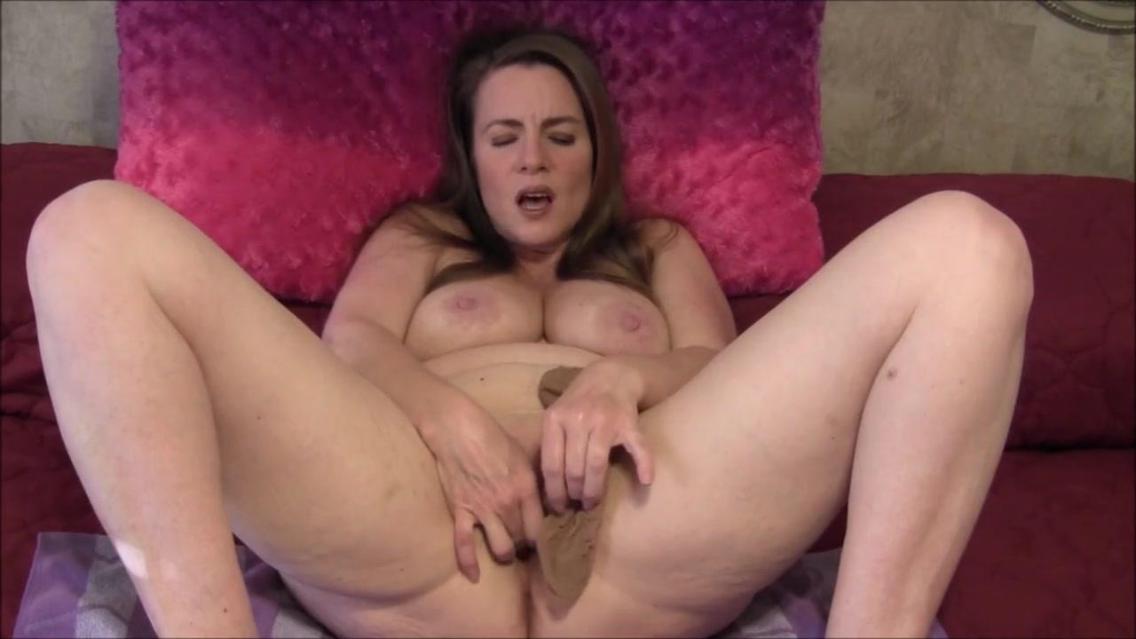 porno-masturbiruet-palchikom-do-ekstaza-seks