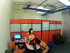 Возбужденные в офисе девушки мнут сиськи