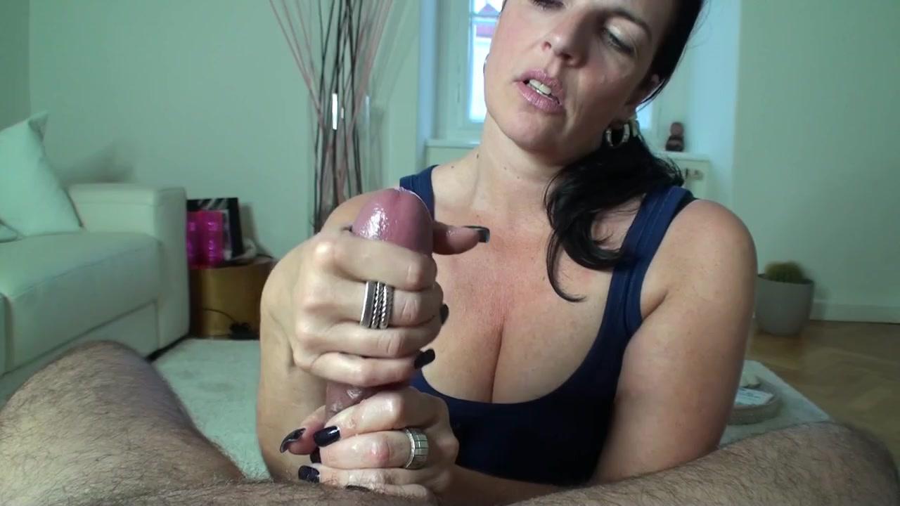 Как жена трогает член — img 9