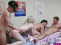 Разгоряченные парни трахают девушек в общаге во все дыры