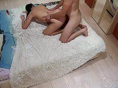 Секс на скрытую камеру в съёмных апартаментах