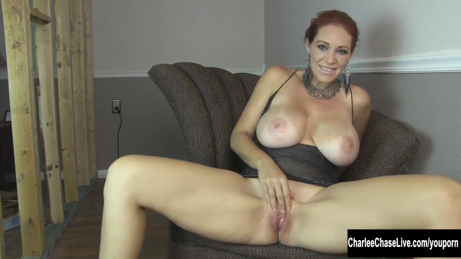 Порно клевая грудь